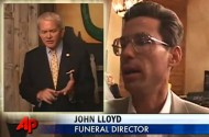 Funeral Director Supports Mark Foley's Comeback