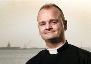 Ex-Navy Chaplain Says Gays Should Be Discriminated Against