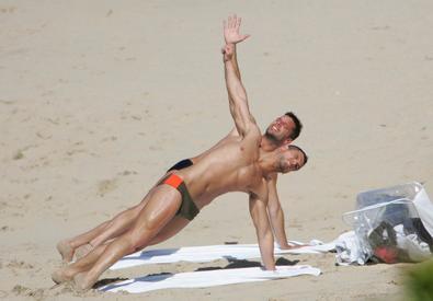 Ricky Martin Stretch