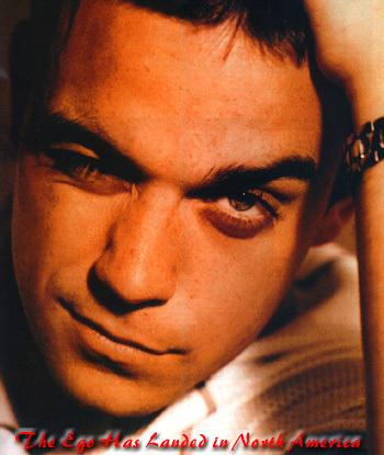 Robbie Williams Does Not Read Queerty