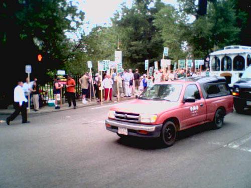 massprotest01.jpg