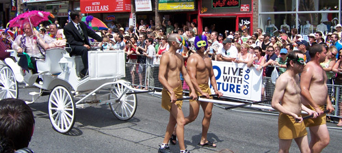 tpride-2006-carriage.jpg