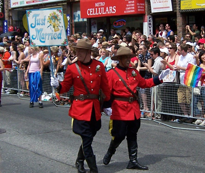 tpride-2006-mounties-parade.jpg